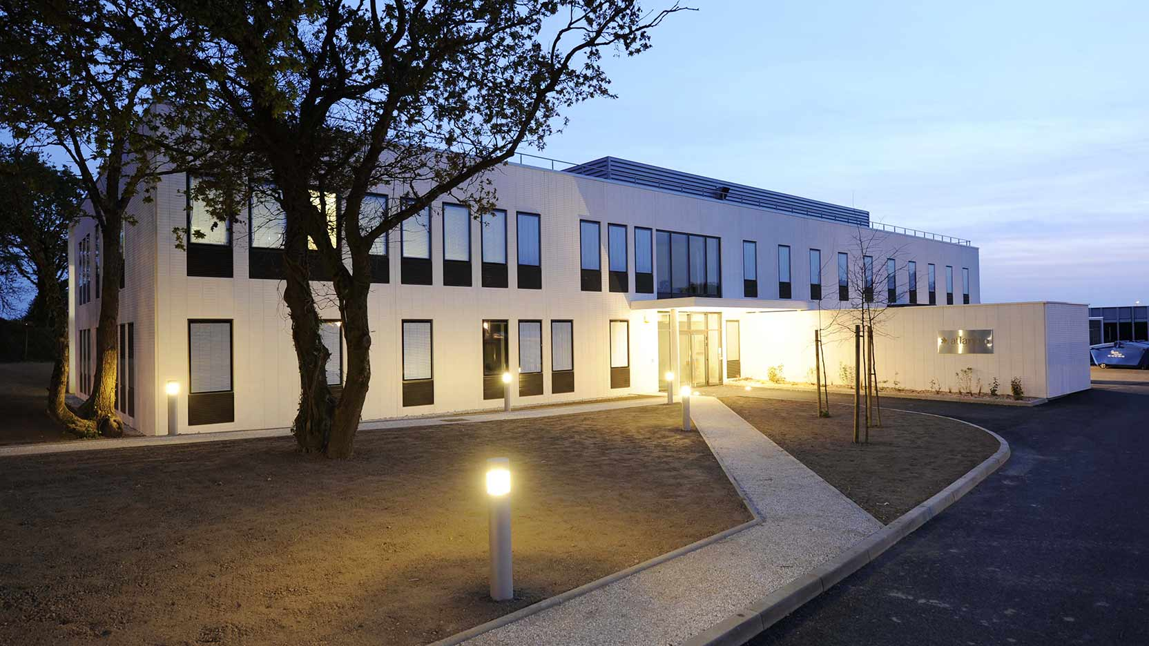 1,000 m² in laboratories and 800 m² in offices in Saint Nazaire for Atlanbio
