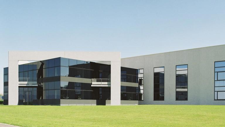 SAF à Hésingue, un bâtiment industriel au service du luxe