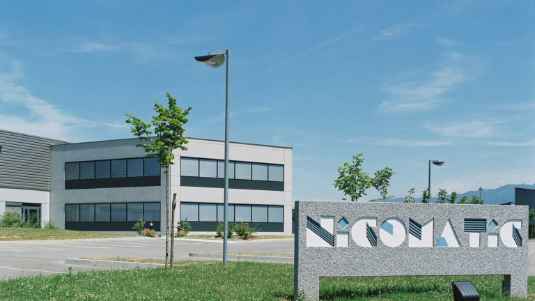 Nicomatic in Bons-en-Chablais, an industrial building for a gem specialised in connectivity