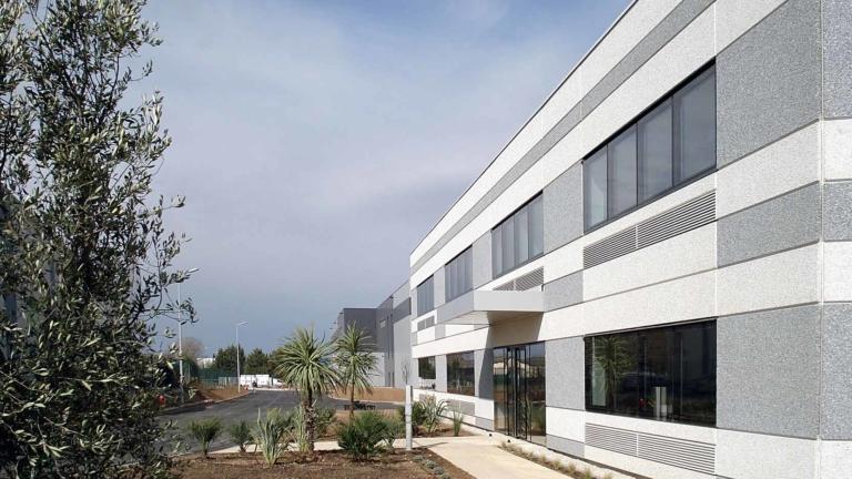 Plateforme de distribution logistique Paredes par GA Smart Building