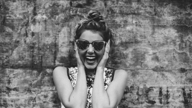 Rire plus pour travailler mieux ? Petite histoire de l'humour au bureau