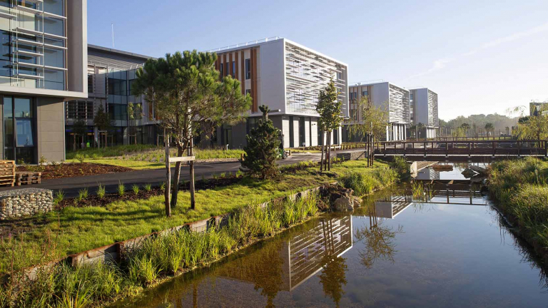 The Thales Bordeaux Campus, XXL corporate real estate