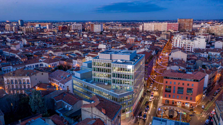 Renovation of the 11,000 m² head office of Crédit Agricole 31 in Toulouse