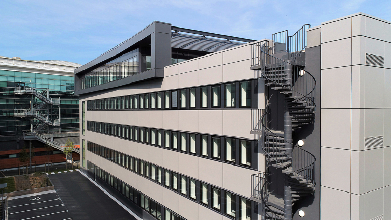 GA Smart Building renovates the 115 Arche building in Courbevoie for AEW Ciloger