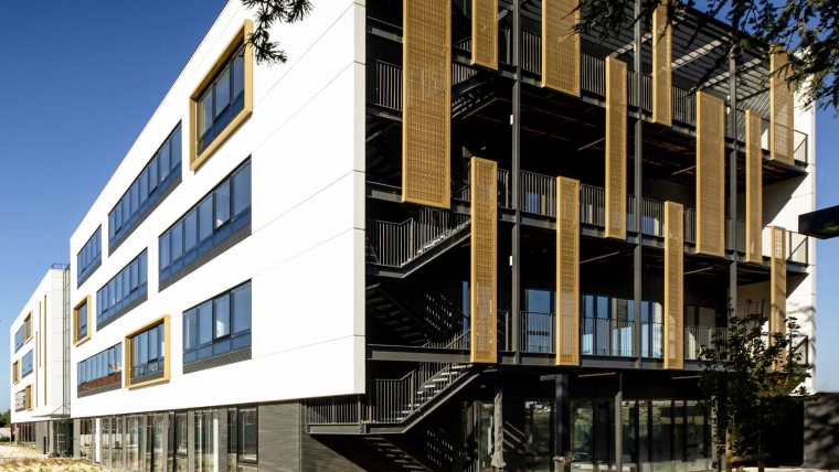 """NOW Living Spaces Campus in Toulouse receives the """"Health and Comfort"""" Special Mention at the 2021 Green Solutions Awards!"""
