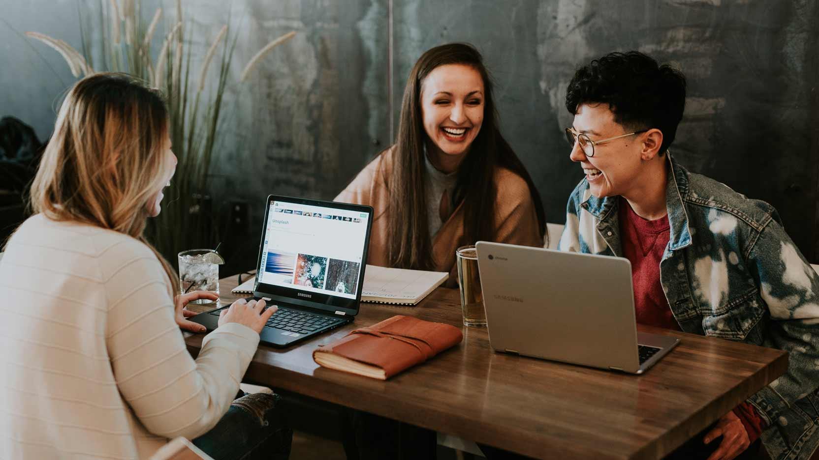 Nos stagiaires et alternants Happy At Work chez GA Smart Building, et c'est le label Happy index® Trainees qui le dit !